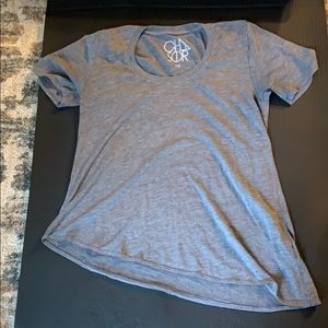 Chaser gray short sleeve top